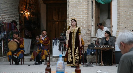 Uzbek folk music performance