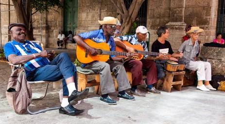 Music is everywhere in Cuba!